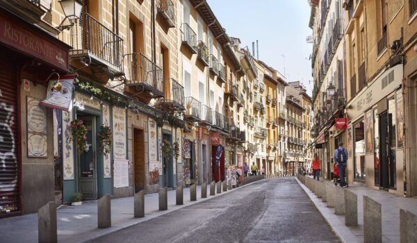 Things to consider when you are choosing a place to stay in Madrid
